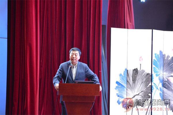 公司副董事长、总经理李强