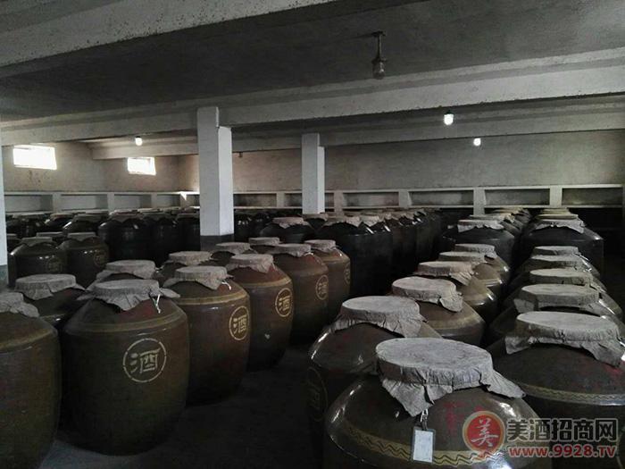 21酒厂地下酒窖