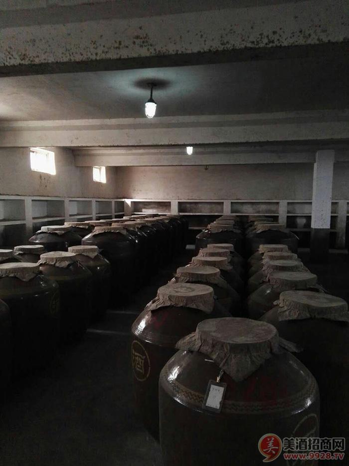 23酒厂地下酒窖