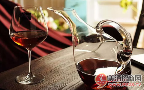 你知道葡萄酒如何撬动餐饮渠道吗?