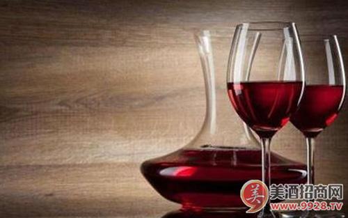【酒知识】葡萄酒的窖藏寿命能持续多久