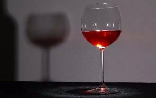 新形式下 葡萄酒酒商如何破解淡季谜题?