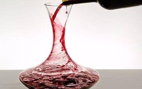 葡萄酒的醒酒时间如何判断?