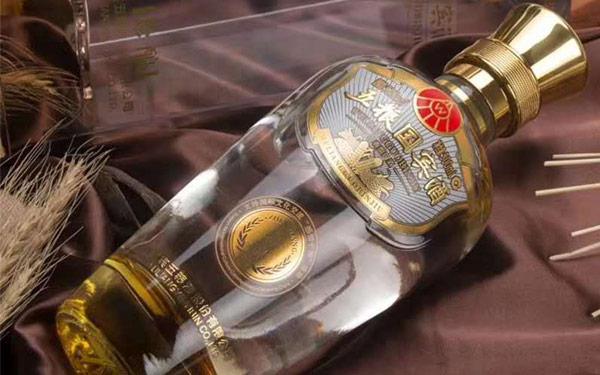 【发现美酒】五粮国宾酒珍酿版怎么样?
