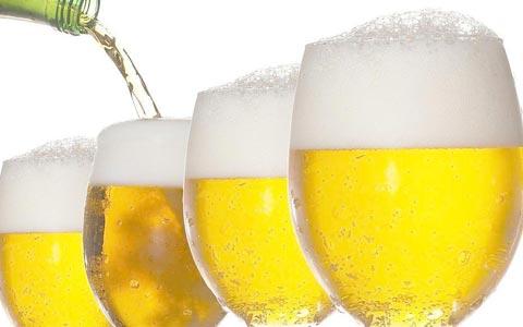啤酒行业景气度逐渐回暖,企业加快高端化进程