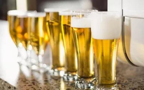 啤酒行业上升势头或因天气受阻?