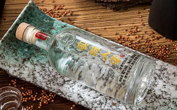 实诚人家光瓶酒,高端低价白酒,淡季也好卖
