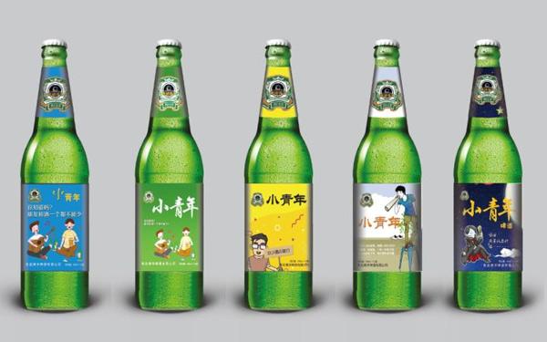 【�l�F美酒】小青年啤酒怎么�樱堪��b�r尚��性,口感新�r