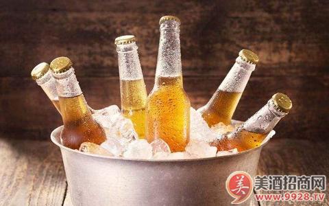 今年1-7月中国啤酒销售收入增长5.82%
