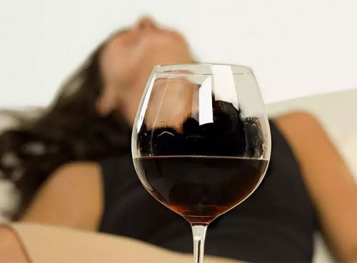 葡萄酒中竟有二氧化硫,这是怎么回事儿?