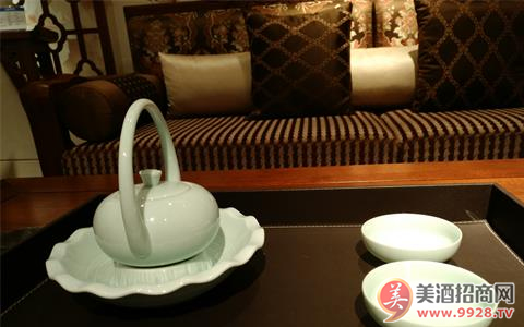 酒��Yu店如何品牌落地化?