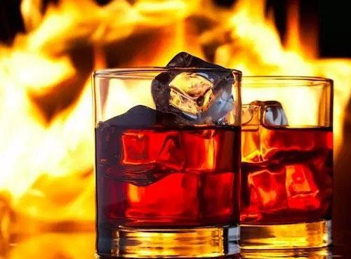 前7月进口酒量额两位数下滑,烈酒猛增32.11%