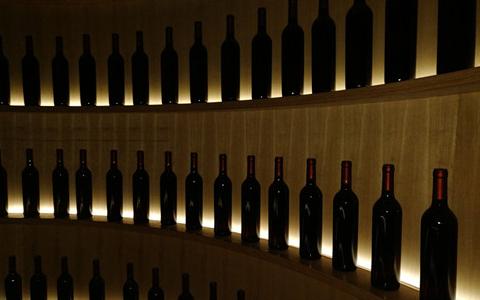 大家知道葡萄酒瓶凹槽的��用�r值��?