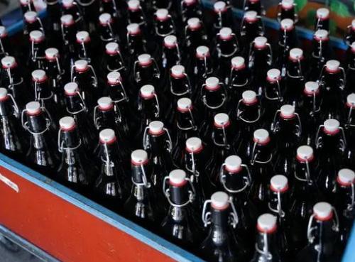 德国:啤酒厂免费送酒