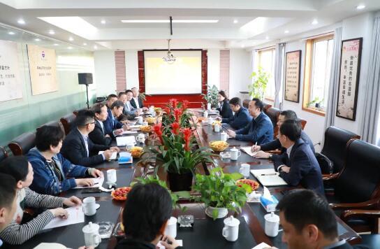 高卫东与南京部分经销商座谈