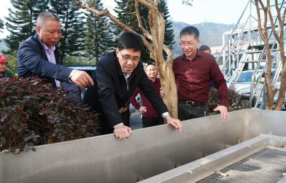 李静仁调研冷却水循环利用环保提升改造项目