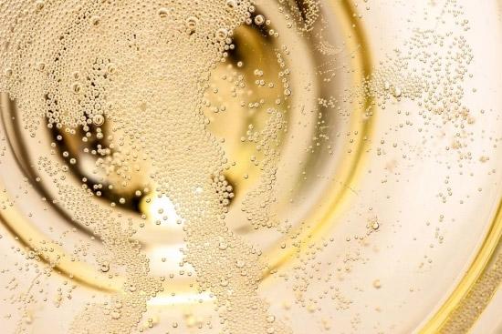 元祖起泡清酒丨探索瓶内二次发酵,与时代一起向上而生
