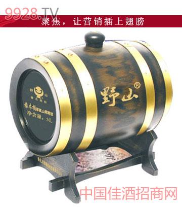 橡木桶窖藏葡萄酒