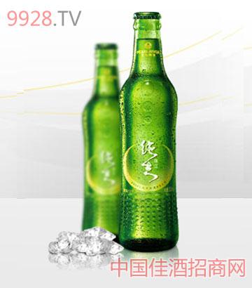珠江精制纯生啤酒